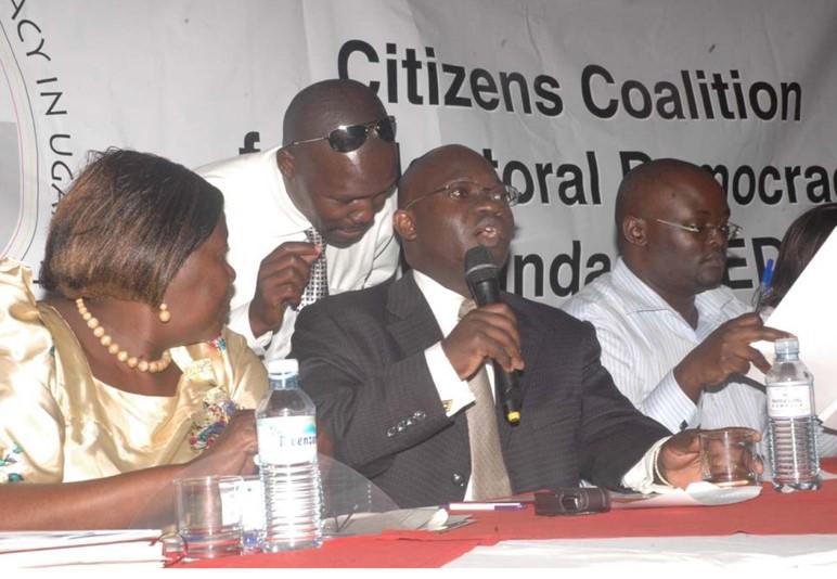 https://mediafocusonafrica.org/wp-content/uploads/2011/08/Voter-mobilization-UG.jpg